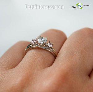 anillos de compromiso de oro blanco